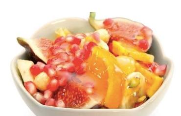 Ballı Meyve Salatası
